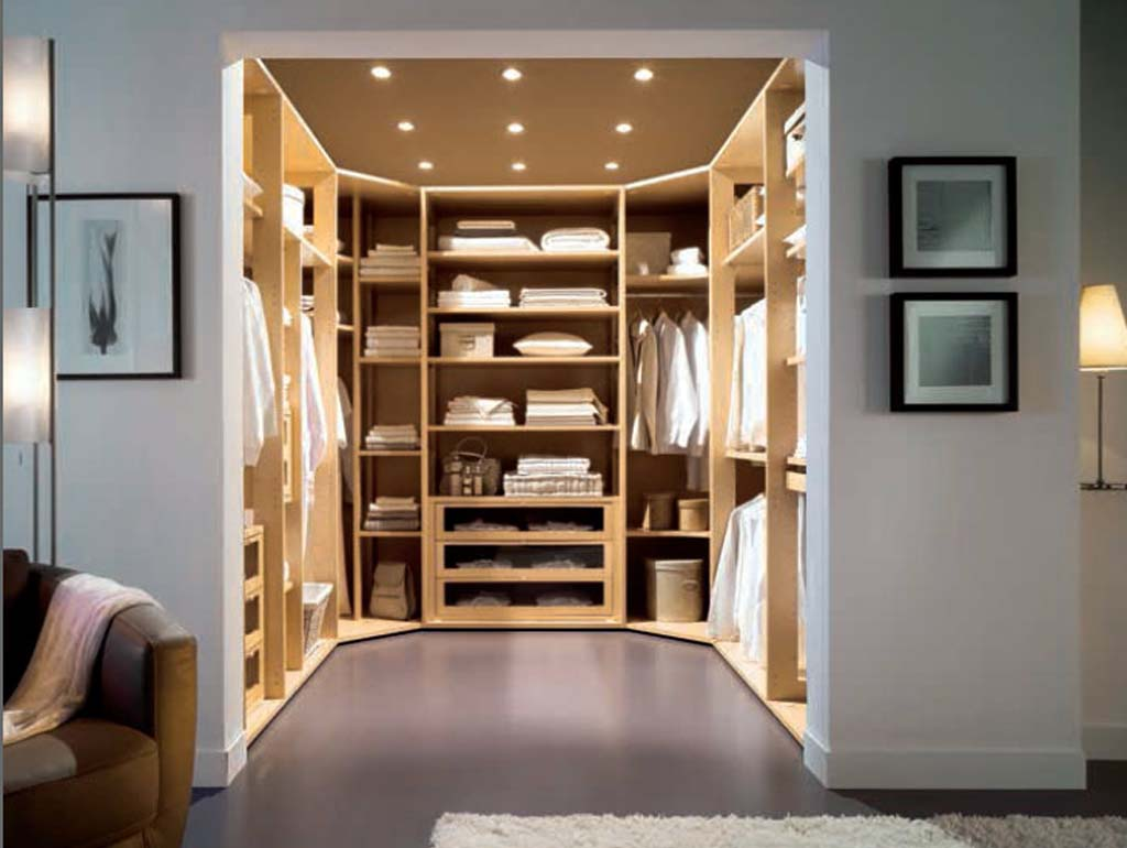 Flat-PAck-Wardrobes