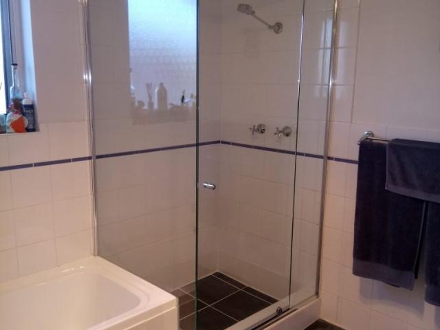 Contour 2051 cut Over Bath #10